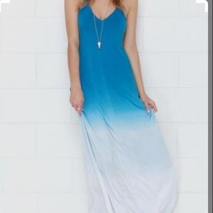 LuLus Ombré stretchy maxi dress